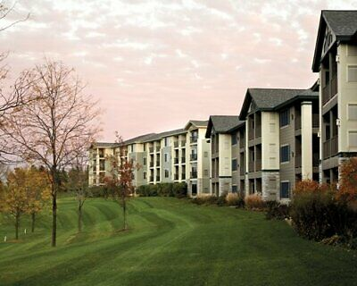 ~Holiday Inn Club Vacations, Lake Geneva, 1200 Points, Annual, Timeshare Sale~