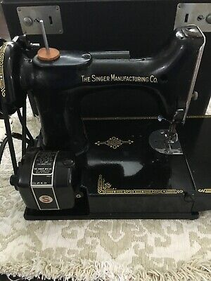 WORKING SINGER Featherweight Sewing Machine 221-1 Case instr booklet extras
