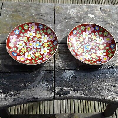Vintage Pair Of Japanese Oriental Pin Dishes