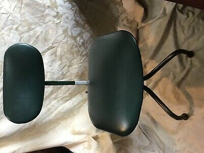 Vintage Retro Tan-Sad Machinists Green Vinyl Industrial Office Swivel Chair