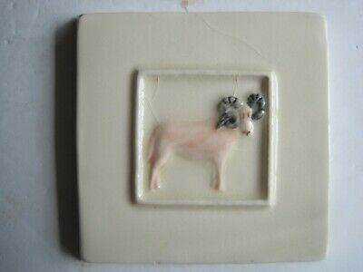 VINTAGE WINCHESTER 105 mm MOULDED & HAND-PAINTED FARM ANIMALS TILE- RAM