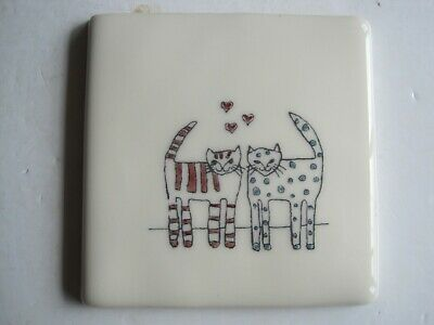 VINTAGE WINCHESTER 105 mm HAND-COLOURED PETS TILE-  CAT LOVER