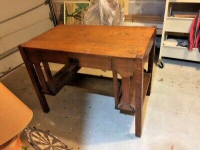 Antique Vtg Tiger Oak Art Deco Mission Arts and Craft Library Desk Table