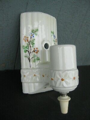 Vtg Porcelain Wall Sconce Floral Design w/ Pull Chain Cleaned and Rewired