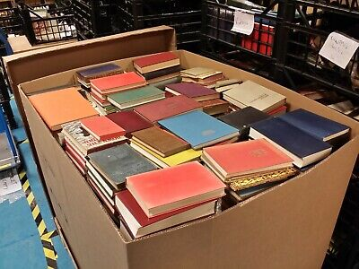 Job Lot. Pallet of wholesale vintage books.
