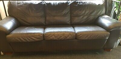 Black Leather Sofa bed - 3-Seater Sofa / Double Bed in Good Condition
