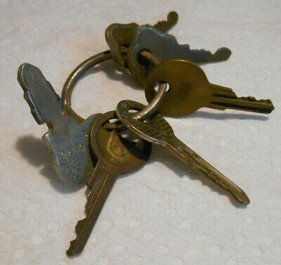Vintage Mixed Lot of Old Used Ford Hurd Other Keys + Ring