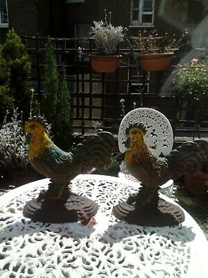 Lovely Pair Of Vintage Cast Iron Cockerel Doorstops