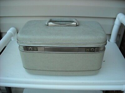 Vintage Samsonite Silhouette Luggage Train/Cosmetic Case No Key No Tray