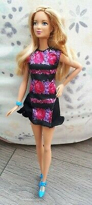 Barbie Fashionista Doll Tall - B