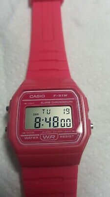 Genuine Casio F-91W Classic Retro Digital Watch Alarm Stopwatch Pink.