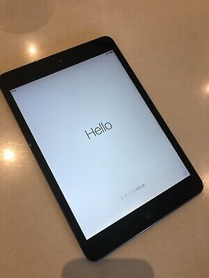 iPad mini 1 16GB WIFI 1st Generation A1432 Black Excellent Used Condition.