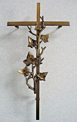 Beautiful French Antique Bronze Ivy Leaf Cross Grave/ Wall Garden Ornament 1284