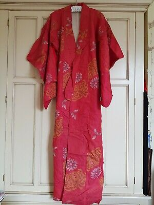Striking Japanese Quality Vintage 1950's Silk Kimono Women's Red Chrysanthemum