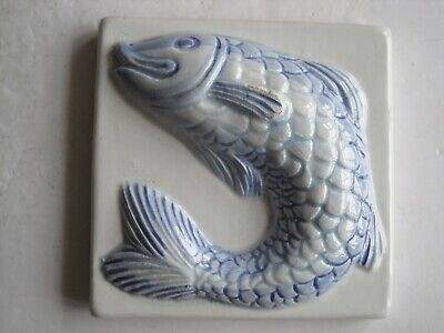 DECOCER 10 cms MOULDED & HAND-PAINTED FISH TILE #2