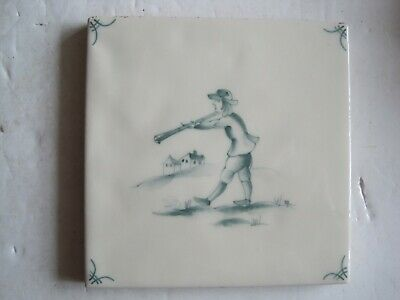 VINTAGE MARLBOROUGH 11.5 cms HAND-PAINTED PEASANTS DELFT  TILE - SAGE GREEN #2