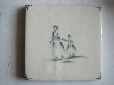 VINTAGE MARLBOROUGH 11.5 cms HAND-PAINTED PEASANTS DELFT  TILE - SAGE GREEN #3