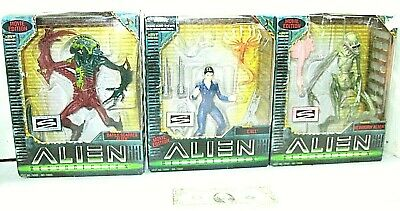 Lot of 3 Hasbro ALIEN RESURRECTION one miss tiny toy queen see pic