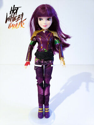 "Disney Descendants MAL Isle of the Lost 12"" Articulated Doll"