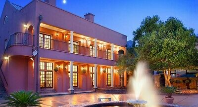 Lodge Alley Inn, Charleston SC 2 Nights Aug 26-28 2019, 1 Br Sleeps 4 Mini Kit