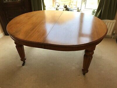 Antique Victorian Mahogany Oval Extending Dining Table c.1860