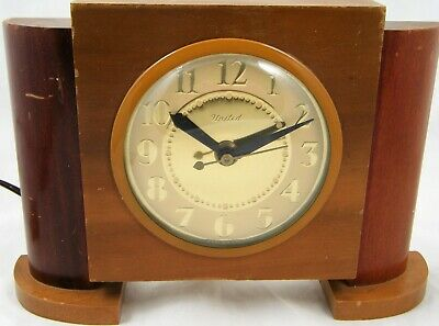 United Clock Model 75 Art Deco Gold Tone Wood Electric Mantle Desk Clock