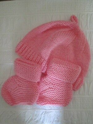 New Hand Knitted Pale Pink Baby Hat & Booties. 3 - 6 Months.
