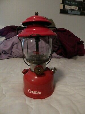 vintage Coleman 200A red lantern 1963 single mantle