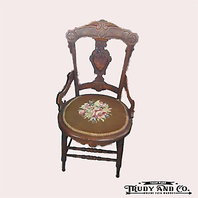 Antique/Vtg Carved Needlepoint Seat Side Dining Accent Chair