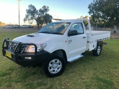 2012 Toyota Hilux KUN26R MY12 SR (4x4) White Manual 5sp M Cab Chassis