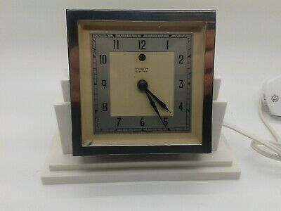 Fabulous Art Deco 1930's Temco Electric Cream Bakelite Desk Mantle Clock