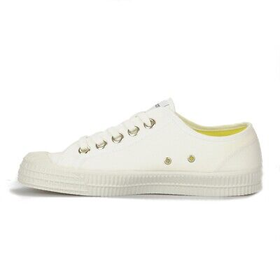 Novesta Star Master Trainers 38 / AU 8 White Canvas - Only Worn Once!