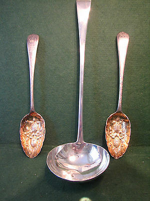 Q  George III georgian large 1814 solid silver ladle 13 inches long  180 grams