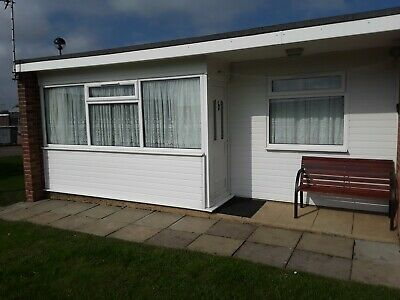 HOLIDAY CHALET FOR HIRE HEMSBY GREAT YARMOUTH - AUGUST 3rd  - 10th   £330