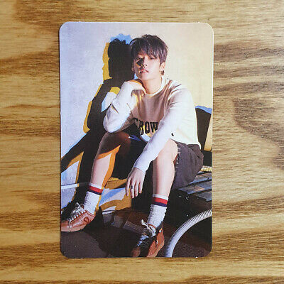 Lee Know Official Photocard Stray Kids Limited Album Clé 2 Yellow Wood SKZ