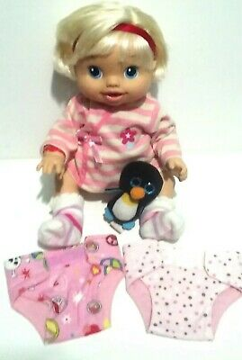 Baby Alive 2010 Wets n Wiggles Doll Drinks Kicks Babbles Giggles  Blonde Hair