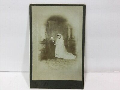 VINTAGE RARE MIDGET Major Ray & Wife King Queen of Lillipution Cabinet Card