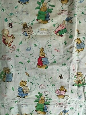 CHARMING HARD TO FIND VINTAGE 1960s BEATRIX POTTER PETER RABBIT PAIR OF CURTAINS