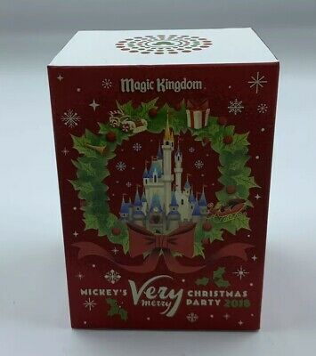 NEW Disney Parks LE Mickey's Very Merry Christmas Party Magic Band 2018