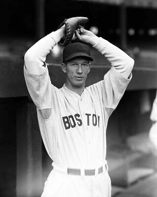 Lefty Grove Philadelphis Red Sox Hall Of Fame Great !