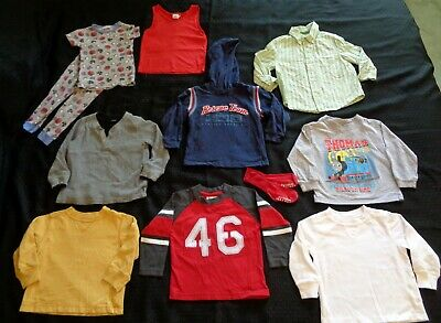 11 Pc - Little Toddler Boy Clothing Lot Size 2T - Old Navy Carters Wee Works Etc