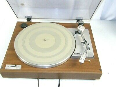 Vintage Yamaha NS Series Turntable Model YP-211 w/ Ortofon OM 5E cartridge