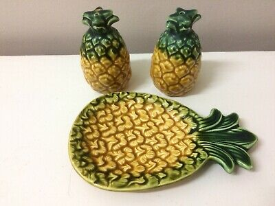 Vintage Retro 60s Pineapple Salt & Pepper Shakers With.Dish, Japan ,Kitsch 1960s