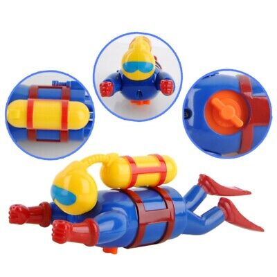 New Swimmers Scuba Diver Toys Wind Up Clockwork Sea Baby Bath Toys Kids Gift