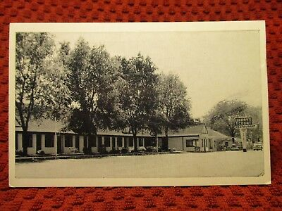 1940'S. Yeary's Tourist Court Service Station. Corbin, Ky Postcard I5