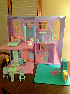 Barbie Doll Townhouse Dollhouse Vtg 2002 Folding House Furniture Lot