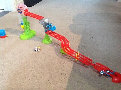 Mighty Beanz Track