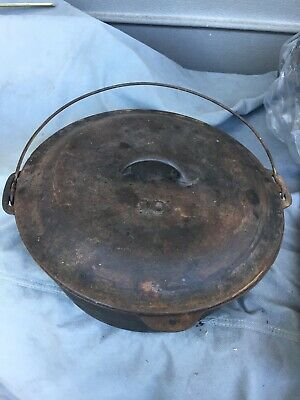Antique Vintage Cast Iron Dutch Oven Pot #10