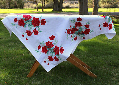 Vintage 40's 50's Wilendur Red Roses Themed Tea Vintage Tablecloth Picnic