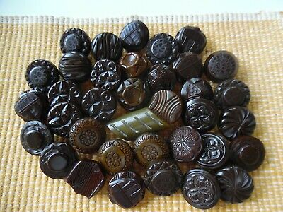 Antique Vintage Button Lot/36 Old Bakelite Chunky Carved Buttons Over 7 oz.